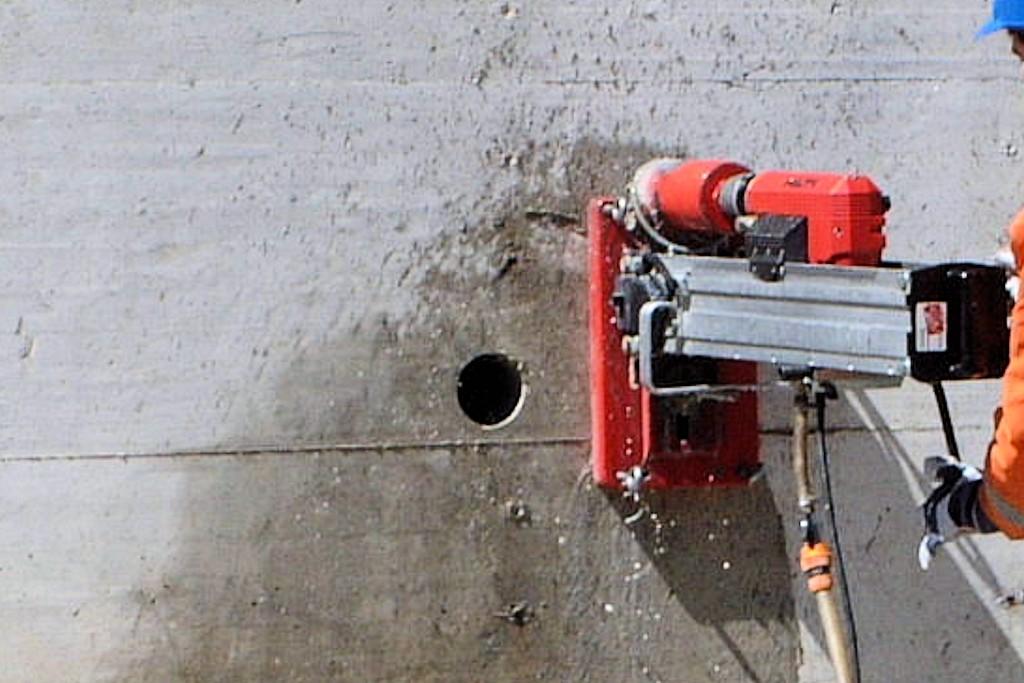 Fori e carotaggi nel cemento armato